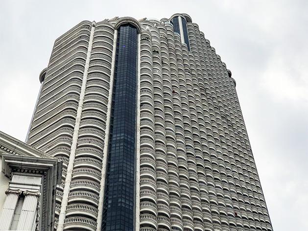lebua at State Tower(ルブア アット ステート タワー)外観