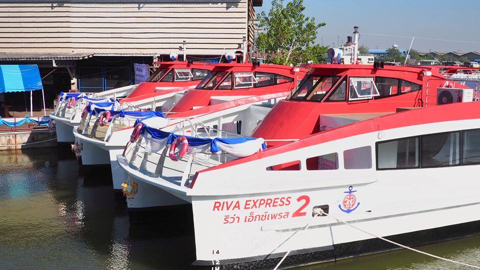 チャオプラヤーエクスプレスボートの新型船(Riva Express)1