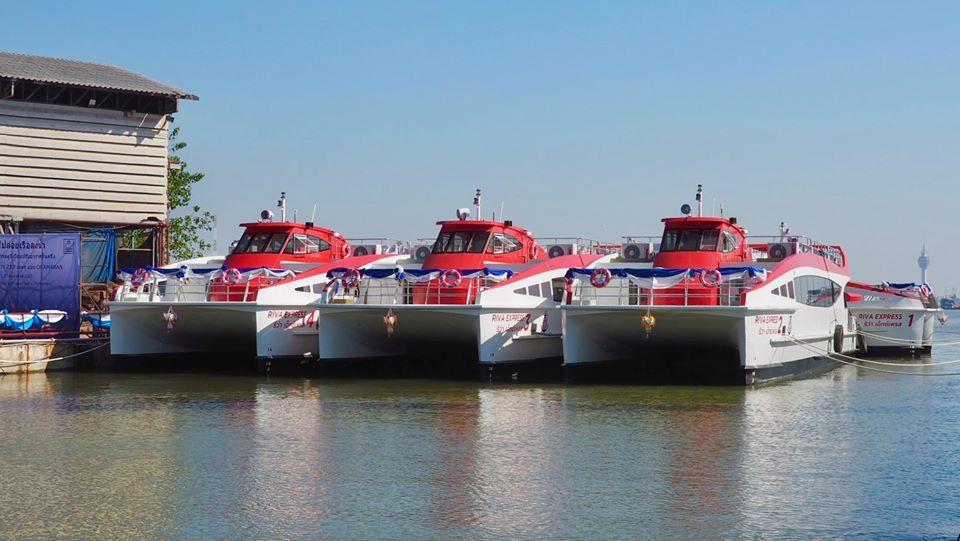 チャオプラヤーエクスプレスボートの新型船(Riva Express)