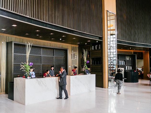 バンコク・マリオット・ホテル・スクンビットのフロントデスク
